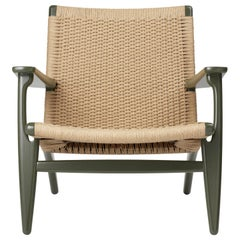 CH25 Armchair in Oak / Seaweed by Hans J. Wegner & Ilse Crawford
