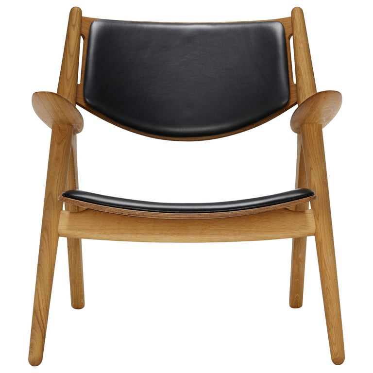 For Sale: Black (Thor 301) CH28P Lounge Chair in Oiled Oak with Foam Seat by Hans J. Wegner