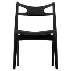 CH29P Sawbuck Chair in Oak Painted Black by Hans J. Wegner
