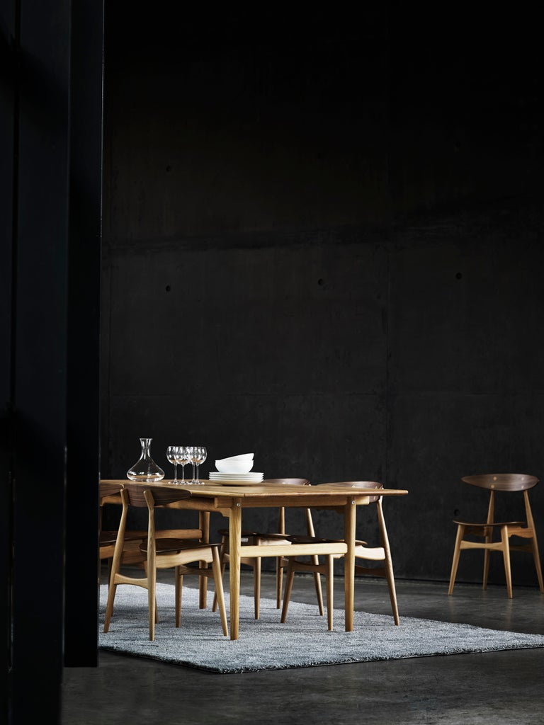 CH33P Dining Chair in Oak Lacquer by Hans J. Wegner For Sale 3