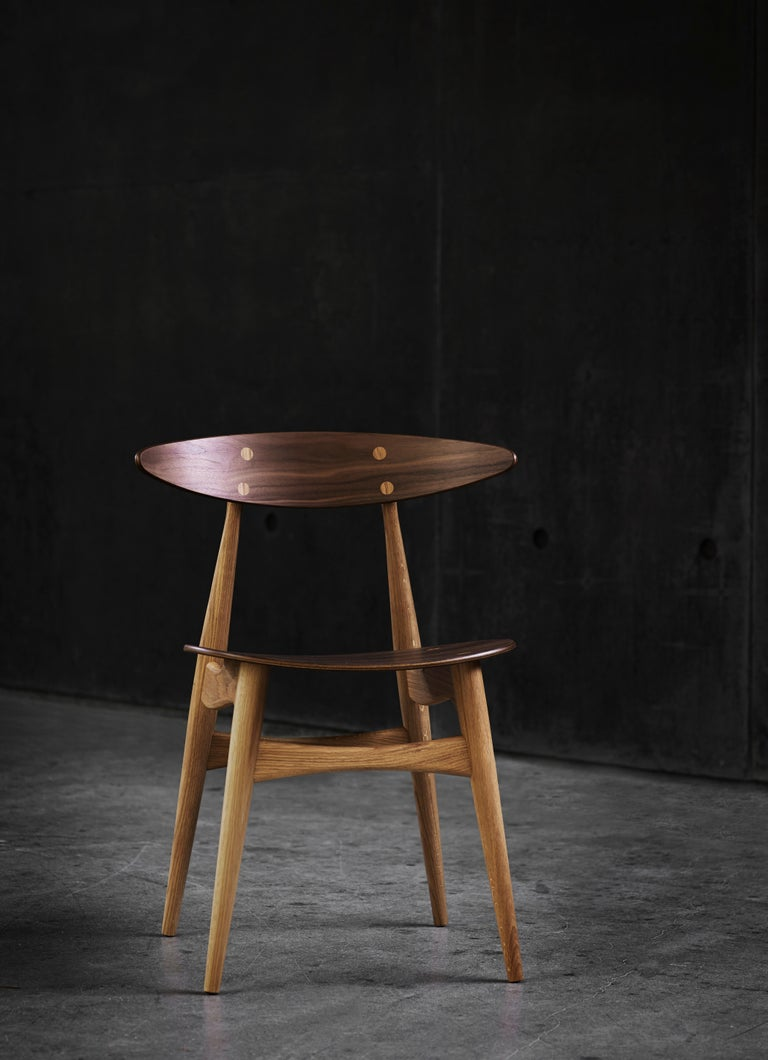 CH33P Dining Chair in Oak Lacquer by Hans J. Wegner For Sale 4