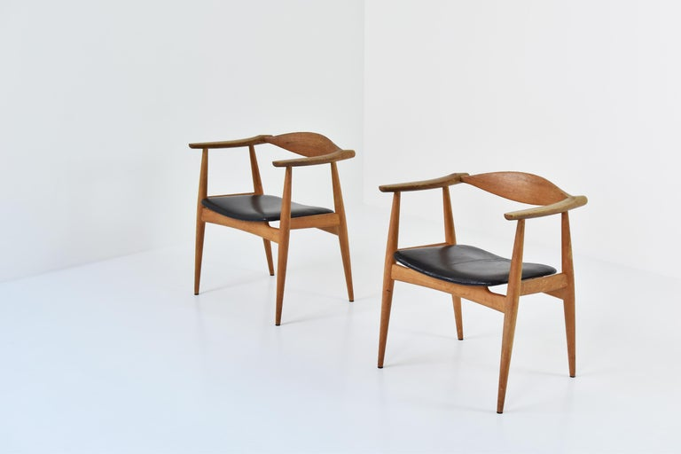 Danish CH35 Chairs Designed by Hans Wegner for Carl Hansen and Son, Denmark, 1950s For Sale