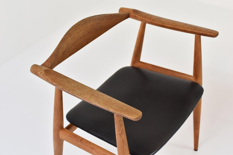 Mid-20th Century CH35 Chairs Designed by Hans Wegner for Carl Hansen and Son, Denmark, 1950s For Sale