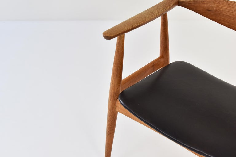 Leather CH35 Chairs Designed by Hans Wegner for Carl Hansen and Son, Denmark, 1950s For Sale