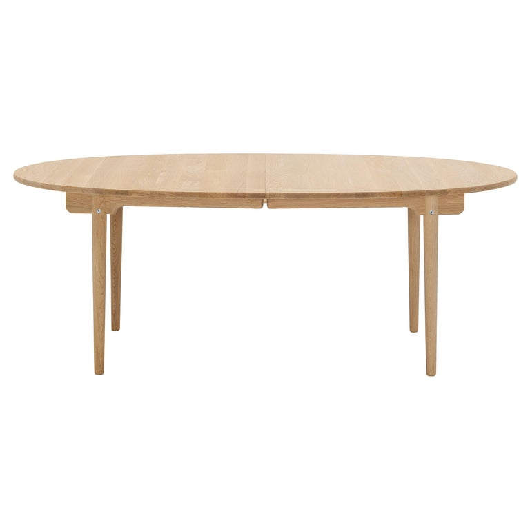 For Sale: Brown (Oak Oil) CH388 Round Dining Table in Wood Finish by Hans J. Wegner