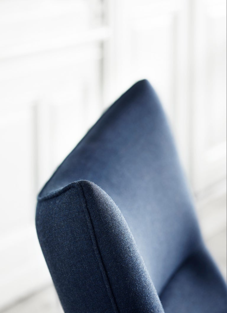 CH445 Wing Chair in Fabric with Stainless Steel Base by Hans J. Wegner For Sale 7