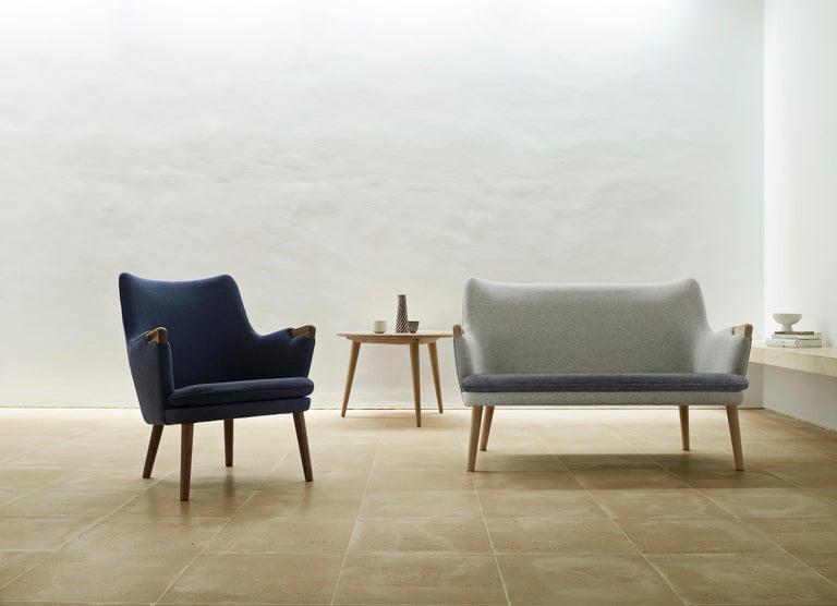 Danish CH71 Lounge Chair in Oak White Oil with Upholstered Frame by Hans J. Wegner For Sale