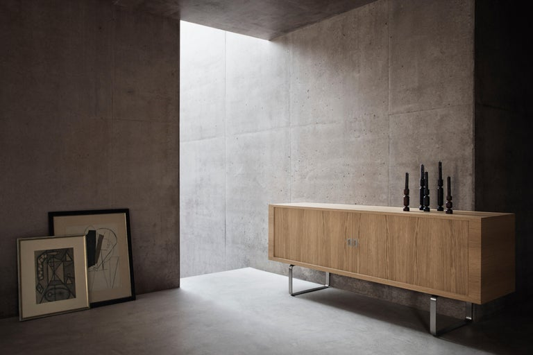 CH825 Credenza with Stainless Steel Base by Hans J. Wegner For Sale 4