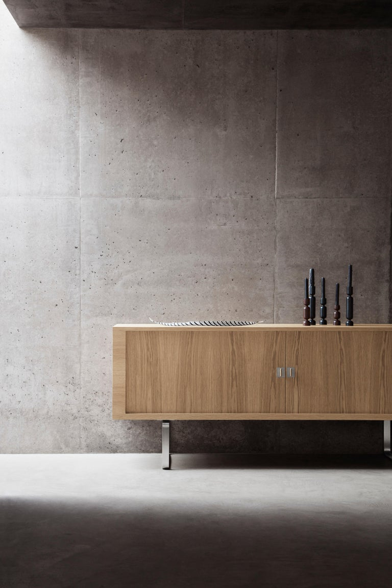 CH825 Credenza with Stainless Steel Base by Hans J. Wegner For Sale 3