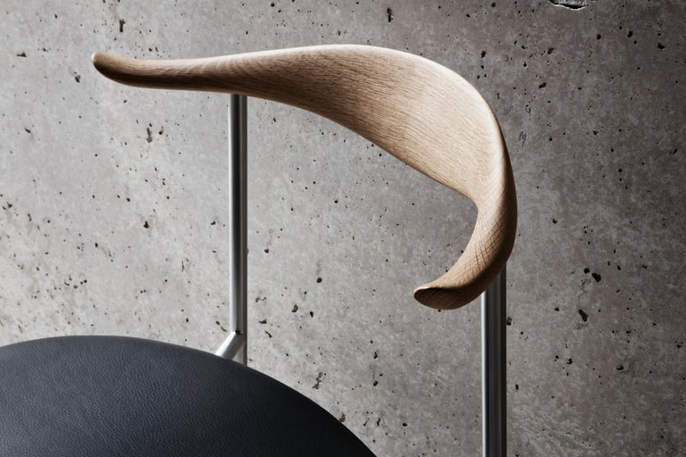 CH88P Dining Chair in Oiled Oak with Powder Coated Steel Base by Hans J. Wegner For Sale 4