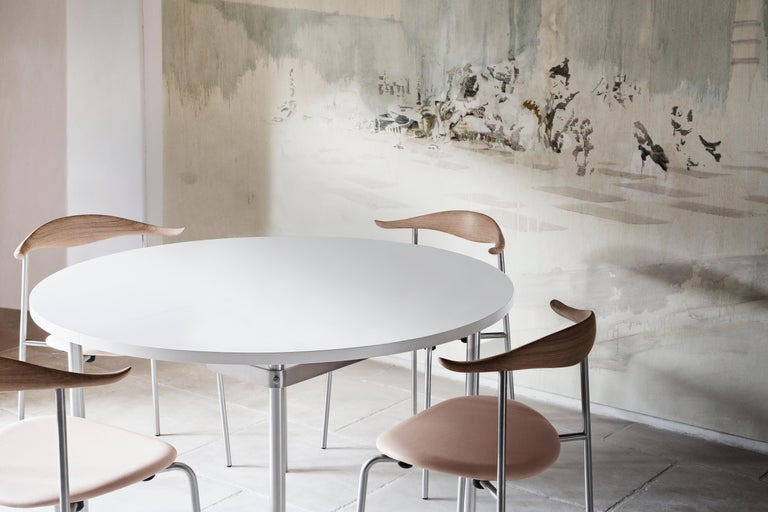 Contemporary CH88P Dining Chair in Oiled Oak with Powder Coated Steel Base by Hans J. Wegner For Sale