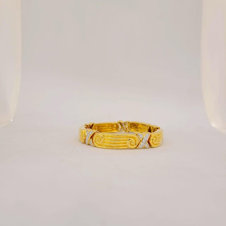 Chaavae 18 Karat Yellow Gold, Platinum and Diamond 1.12 Carat Bracelet In New Condition For Sale In New York, NY