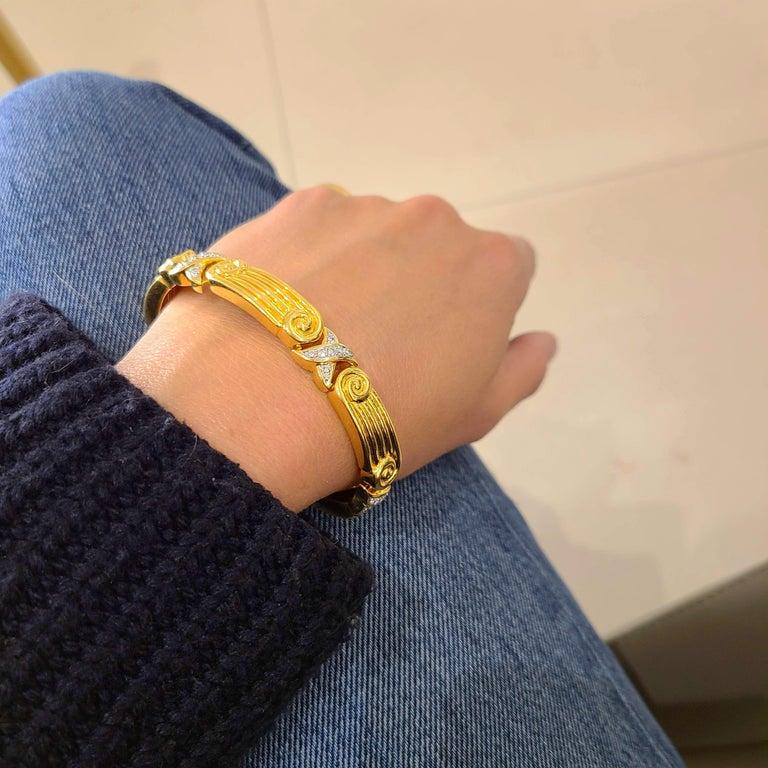 Chaavae 18 Karat Yellow Gold, Platinum and Diamond 1.12 Carat Bracelet For Sale 1