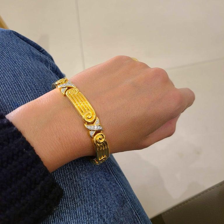 Chaavae 18 Karat Yellow Gold, Platinum and Diamond 1.12 Carat Bracelet For Sale 2