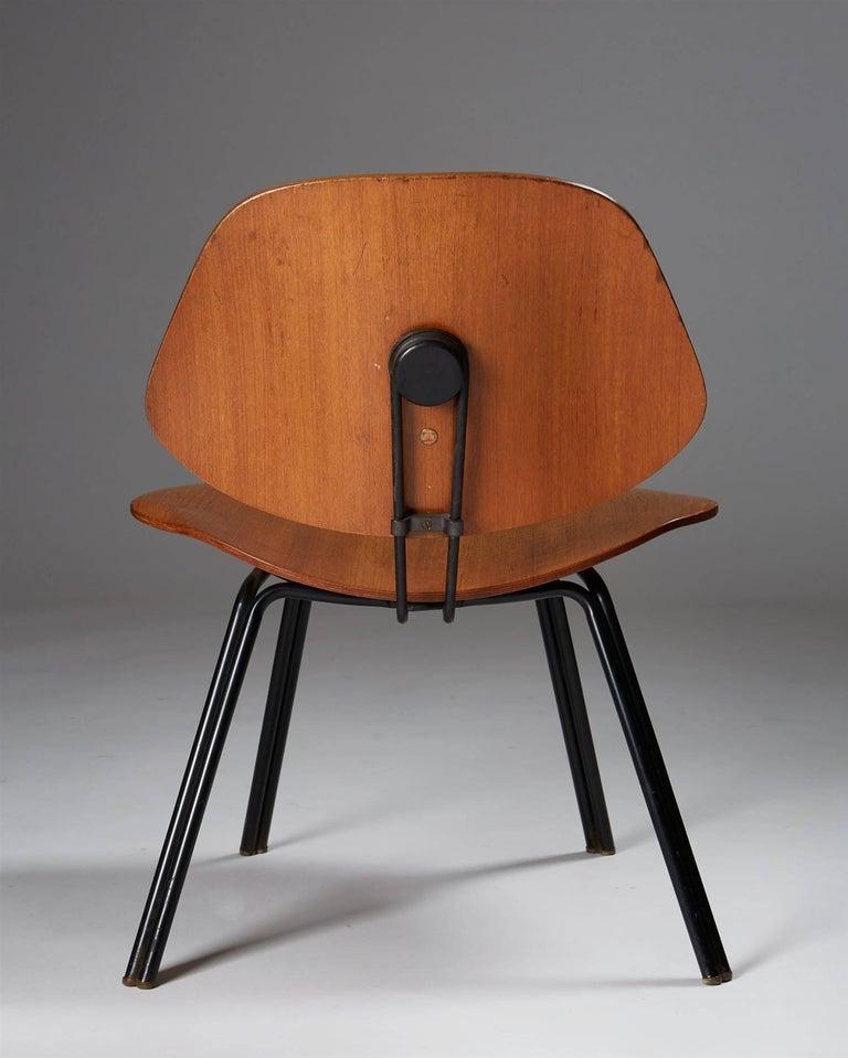 Italian Chair Designed by Osvaldo Borsani for Techno, Italy, 1950s For Sale