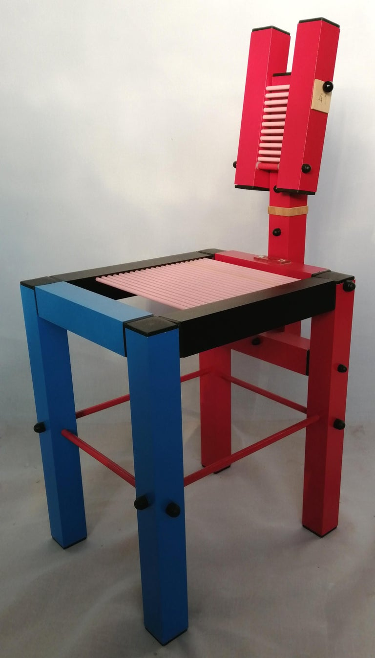 Construction technique: Aluminum and iron structure Color: Red, blue, black, and pink.