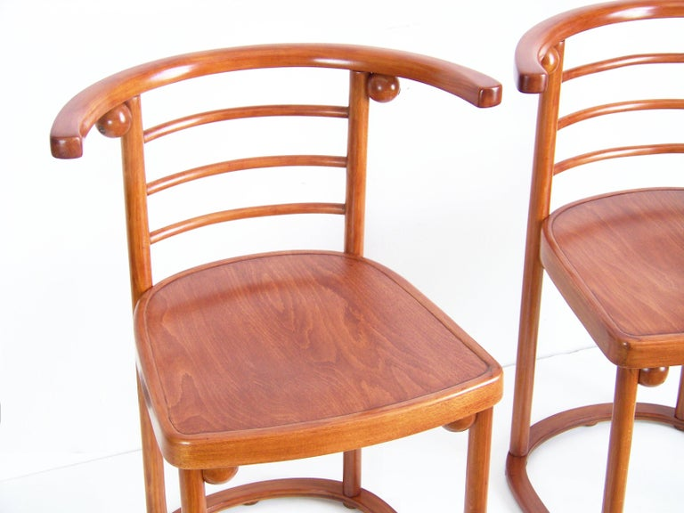 This amazing design was renowned by Josef Hoffmann in year 1907, using in the famous Viennese café Fledermaus. These design was appeared by J&J Kohn company in year 1905. Newly restored (handmade shellack finish).