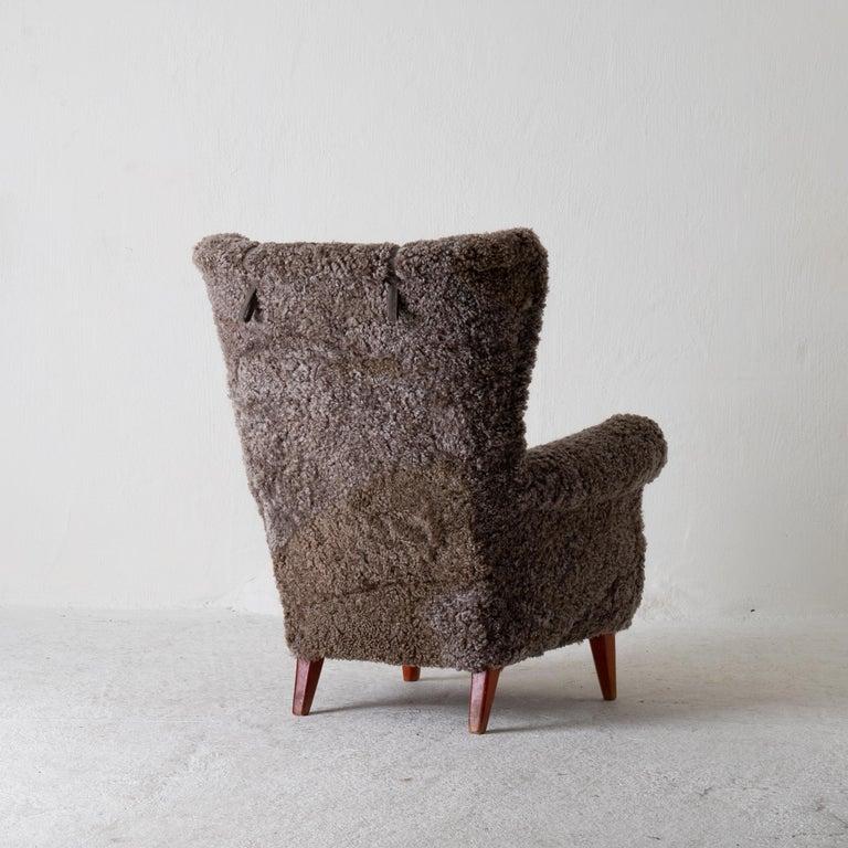 Mid-Century Modern Chair Lounge Swedish Sheepskin Grayish Brown 20th Century Sweden For Sale