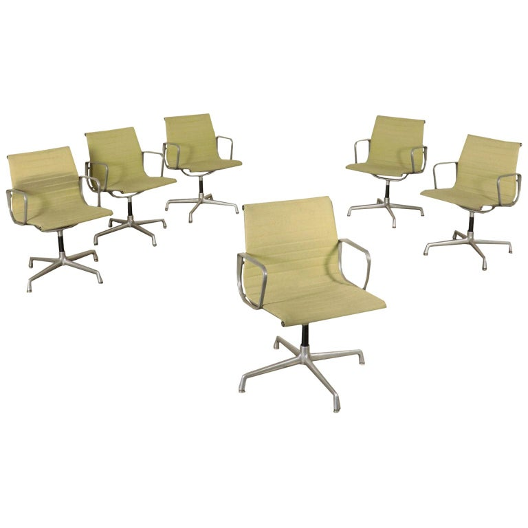 Chairs, Aluminum and Fabric, 1970s Charls & Ray Eames, Herman Miller For Sale