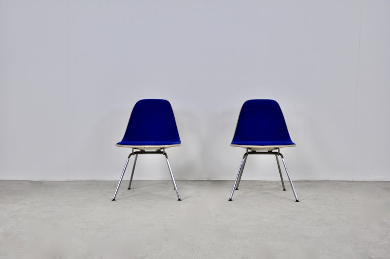Mid-Century Modern Chairs by Charles and Ray Eames for Herman Miller, 1960s For Sale
