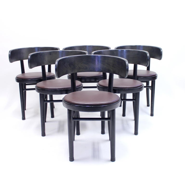 Set of 6 chairs designed by Finish designer Werner West in the 1930s and manufactured by Wilhelm Schauman in the town Jyväskyle in the middle of Finland. The design of the back is heavily inspired by the Greek Klismos chairs. The base is made of
