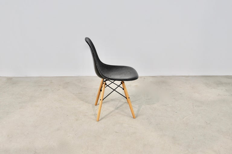Central American Chairs DSW by Charles & Ray Eames for Herman Miller, 1970s For Sale