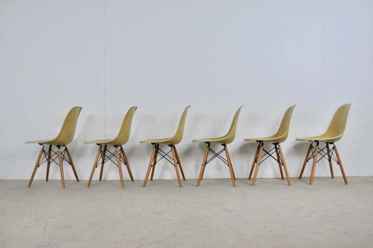 Metal Chairs DSW by Charles & Ray Eames for Herman Miller, 1970s For Sale