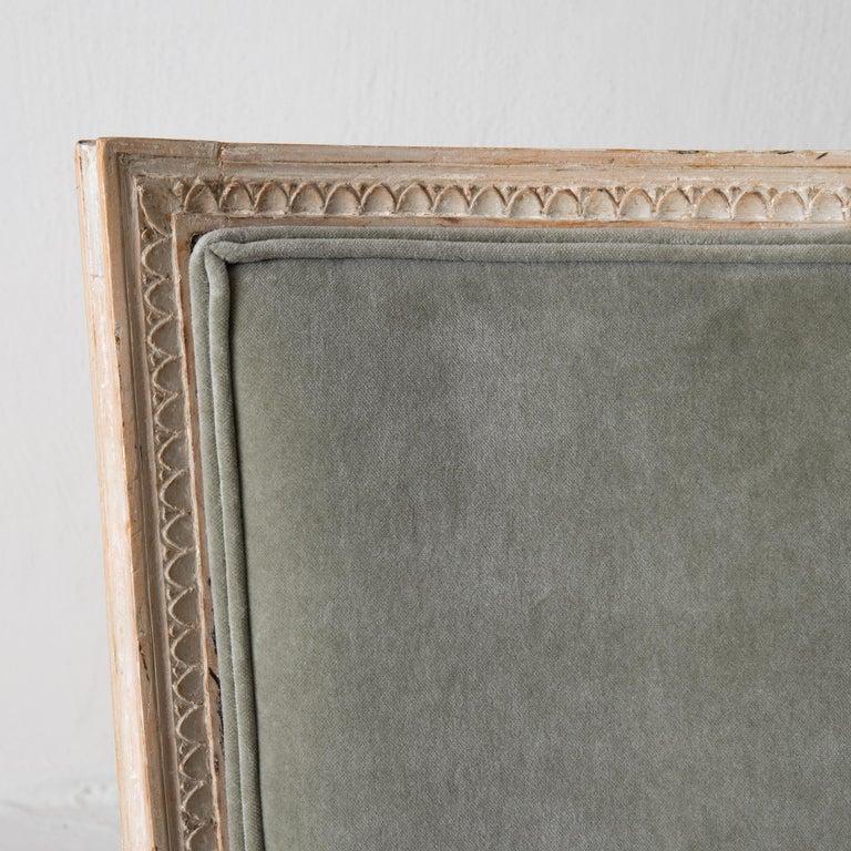 European Chairs Side Chairs Swedish Gustavian 1790-1810 Velvet Green Beige White Sweden For Sale