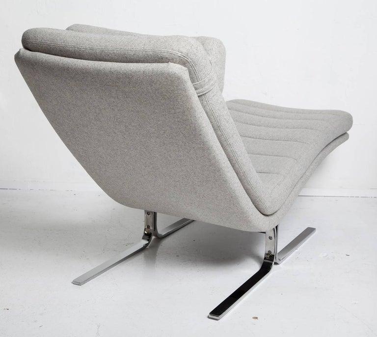 American 1970s Chromed Steel Chaise Longue by Brayton International For Sale