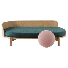 "Chaise Longue ""Knap"" in Oak and Emerald Green"