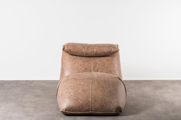 Chaise lounge model