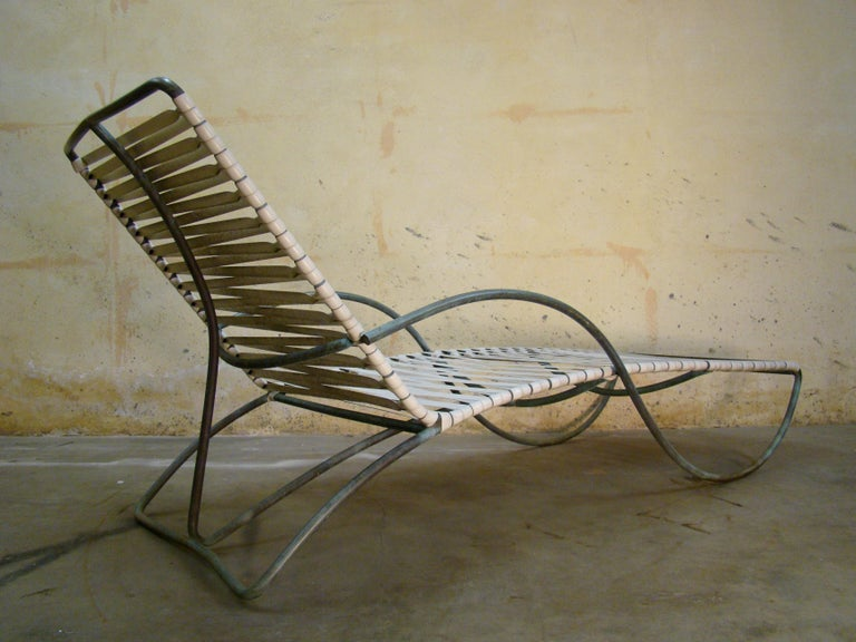 Chaise Lounge '#1' by Walter Lamb for Brown-Jordan Outdoor in Bronze Tubing For Sale 2