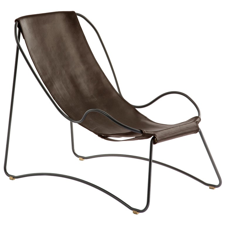 HUG Chaise Lounge Black Smoke Steel and Vegetable Tanned Dark Brown Leather For Sale