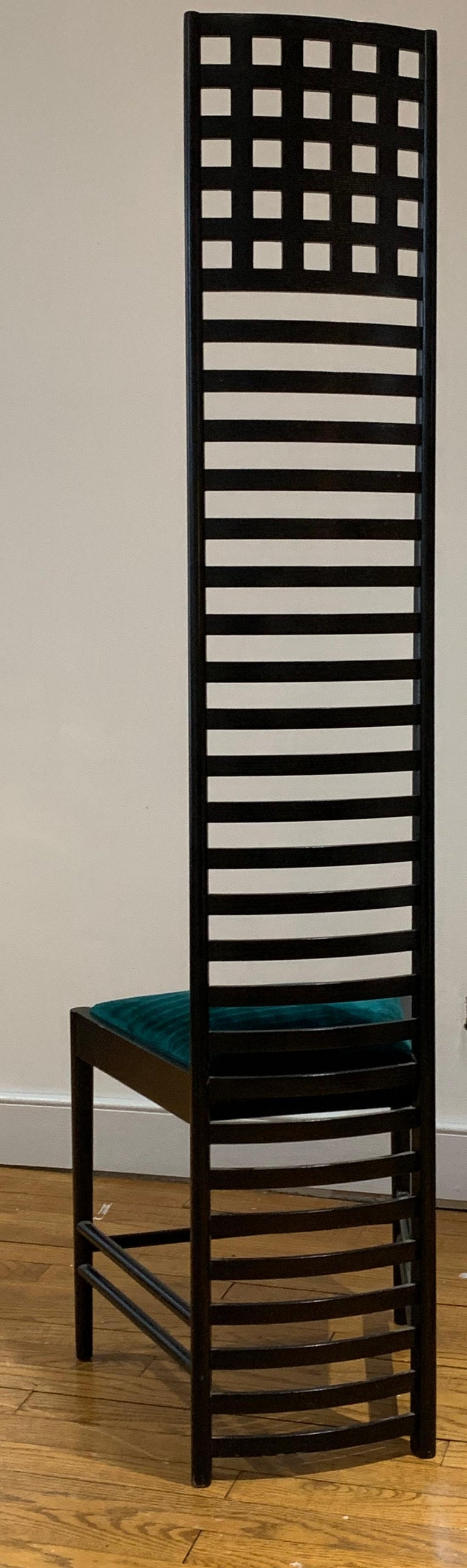 Chales Rennie Mackintosh Cassina Silk Velvet 292 Hill House 1 Chair Italy 1960s In Good Condition In Brooklyn, NY