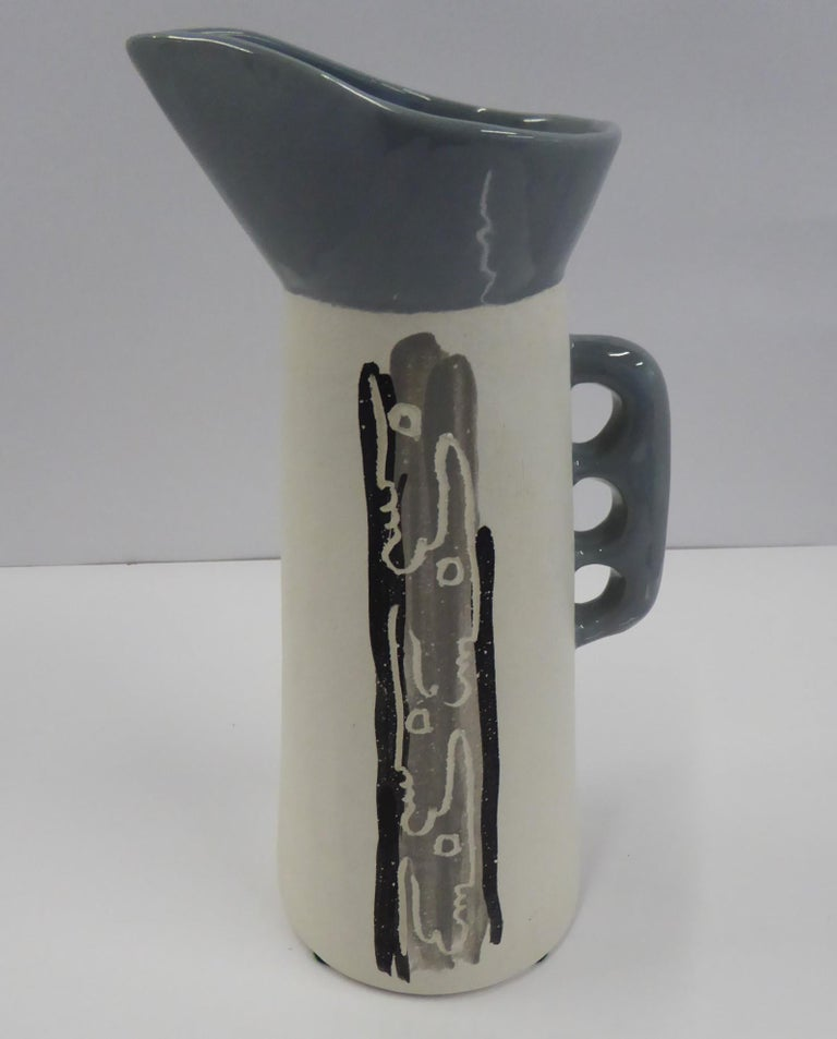 Mid-20th Century Chalice Pottery California Mid-Century Modern Tall Sculptural Ceramic Pitcher For Sale