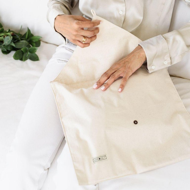 Chalk Handloom White Merino  Organic Cotton Throw in Hand Knotted Stripes Design For Sale 12