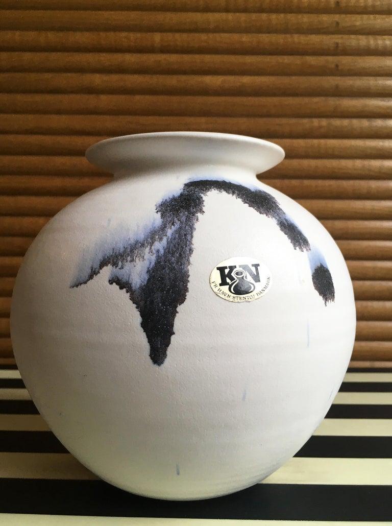 Chalk White Danish Modern Ceramic Vase by Karsten Nielsen, 1980s 3