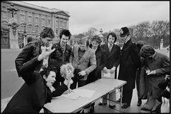 Sex Pistols, Buckingham Palace, London, 1977