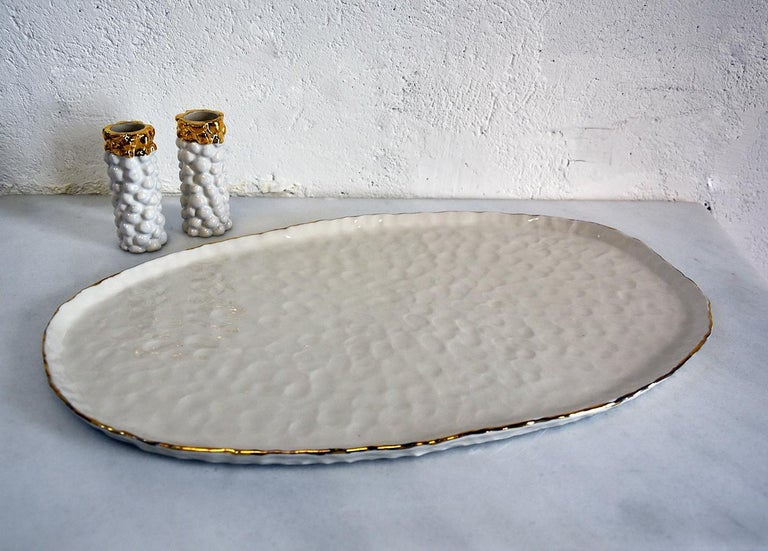 Hand-Crafted Challah Plate by Isabel Halley, White Porcelain with 22-Karat Gold Luster For Sale