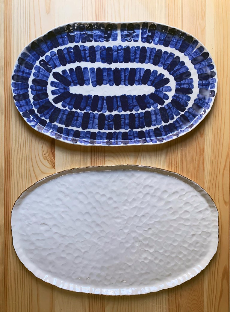 Challah Plate by Isabel Halley, White Porcelain with 22-Karat Gold Luster In New Condition For Sale In Brooklyn, NY
