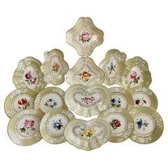 Chamberlains Worcester Porcelain Dessert Service, Sage Green, Flowers, 1816-1820