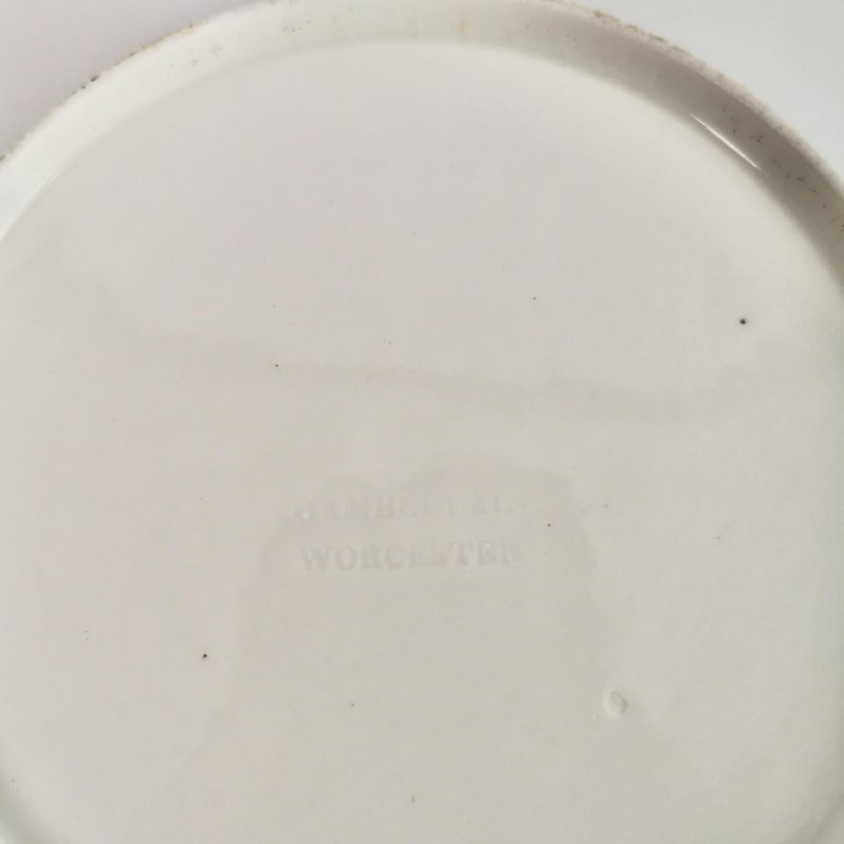 Chamberlains Worcester Porcelain Plate, White with Flowers Victorian, circa 1846 6
