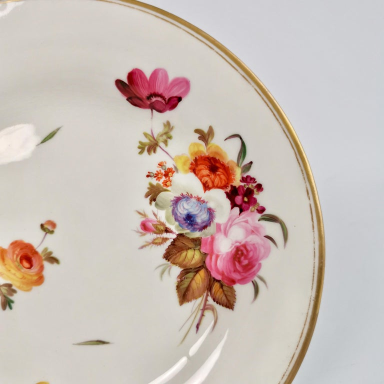 English Chamberlains Worcester Porcelain Plate, White with Flowers Victorian, circa 1846