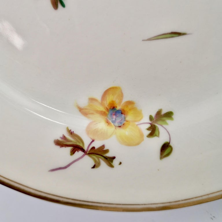 Mid-19th Century Chamberlains Worcester Porcelain Plate, White with Flowers Victorian, circa 1846