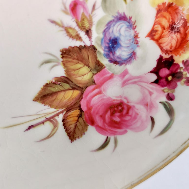 Chamberlains Worcester Porcelain Plate, White with Flowers Victorian, circa 1846 1