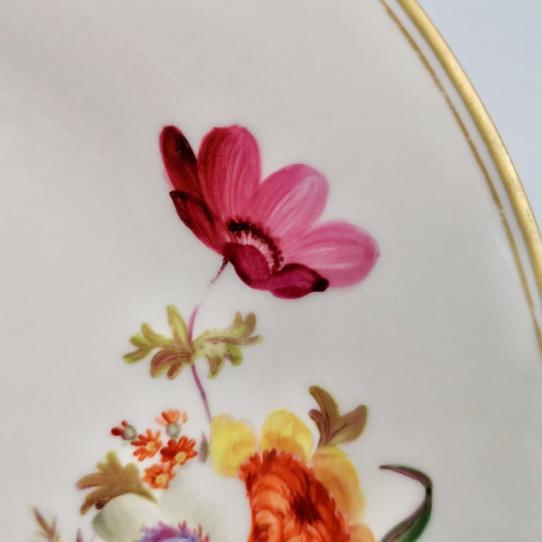 Chamberlains Worcester Porcelain Plate, White with Flowers Victorian, circa 1846 3
