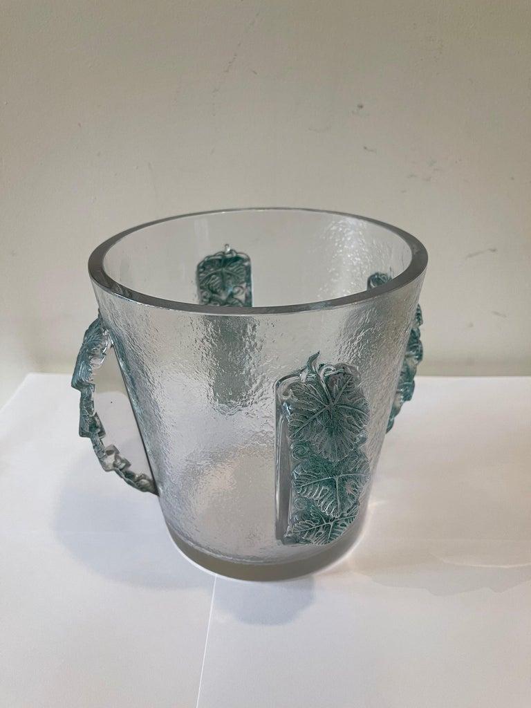 Beautiful champagne bucket by René Lalique (1860-1945). Model: