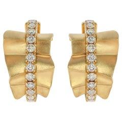 Champagne Diamonds 18 Karat Yellow Gold Pret-a-Porter Earrings