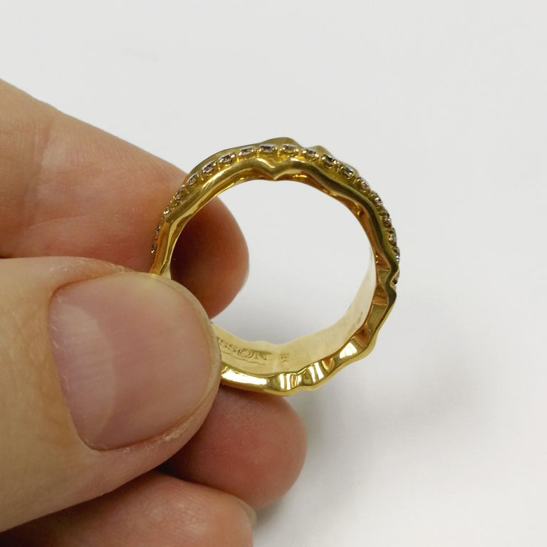 Champagne Diamonds 18 Karat Yellow Gold Pret-a-Porter Ring In New Condition For Sale In Bangkok, TH