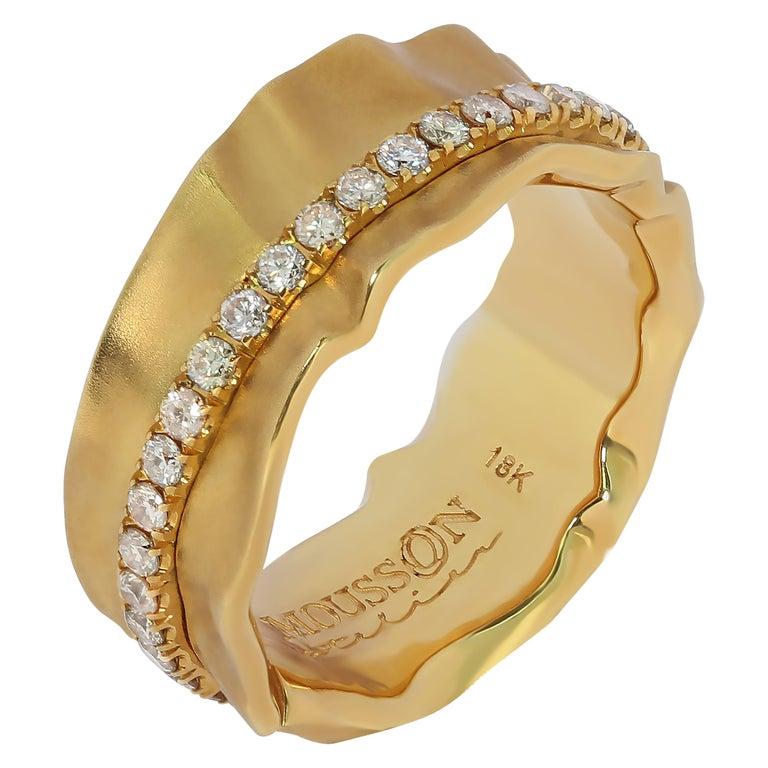 Champagne Diamonds 18 Karat Yellow Gold Pret-a-Porter Ring For Sale